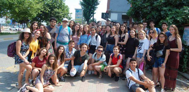 ROMANYA'LI ÖĞRENCİLER BANDIRMA, ERDEK VE AVŞA ADASI'NI GEZDİ